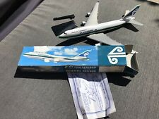 AIR NEW ZEALAND BOEING 747-400 PLASTIC MODEL PLANE WOOSTER 1:250 Big Bird BNIB