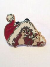 DISNEY CHRISTMAS HOLIDAY CHIP N DALE WITH SANTA HAT PIN