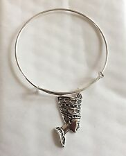"NEFERTITI PENDANT ON SILVER TONE SPRING BANGLE BRACELET FIT 7"" WRIST"