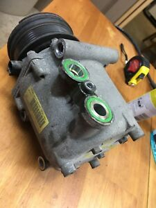 2002-2005 MERCURY MOUNTAINEER FORD EXPLORER 4.0L USED AC COMPRESSOR
