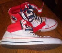 Men's CONVERSE ALL STAR Size 7.5 Trainer/ boot Pumps