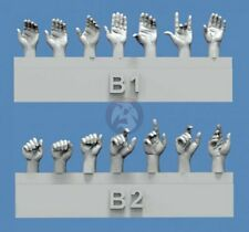 Royal Model 1/35 Assorted Hands Set No.2 (7 Left & 7 Right, different poses) 840