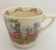 ROYAL DOULTON BUNNYKINS CASINO CUP ENGINE PULLING CARRIAGE / TO THE STATION (33)