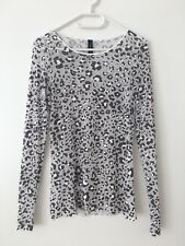 Marc Cain Shirt mit Leomuster N3