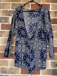 Size 6 CHIC A BOOTIE Blue Shorts Playsuit Long Sleeve Boho V Neck