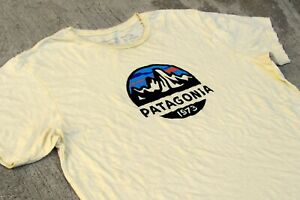 Patagonia Ftiz Roy Logo 1973 Organic Cotton T-Shirt Men's L Light Yellow