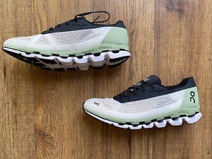 Brand New Boxed On Cloud Cloudboom Running Trainers UK8.5