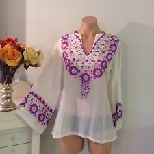 Vintage 1970s Floral Embroidered Mexican Hippie Top Bell Sleeves