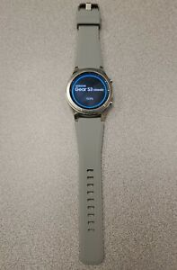 Samsung Gear S3 Classic SM-R770 Smartwatch Silicone band