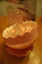 "VTG HALLMARK ""ROSEBUD LACE UMBRELLA"" CENTERPIECE w/ TISSUE PAPER HONEYCOMB"