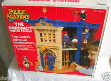 #2522 RARE NIB Vintage Kenner Police Academy The Precinct Police Station Playset