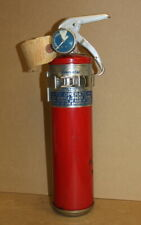 Vintage fire extinguisher, 2 1/2lb dry chemical, w/bracket, Cps-2 1/2, General