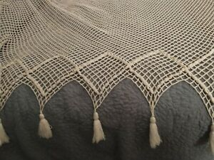 King or Queen Flat Top -Hand Tied-Fishnet Canopy with Tassels