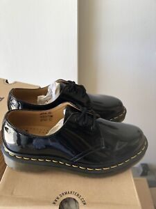 Dr Martens 1461 womans Patent Leather Oxford Shoes size 6