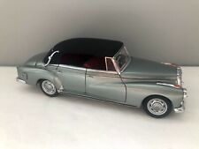 CMC 1/24 Mercedes-Benz 300 Type D 1958-1962 Cabriolet COMME NEUF