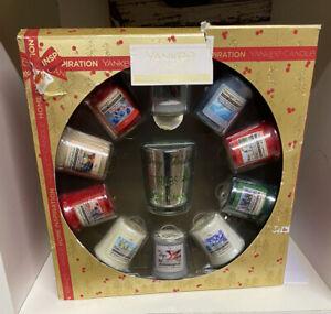YANKEE CANDLE CHRISTMAS 10  VOTIVES & GLASS JAR   GIFT SET
