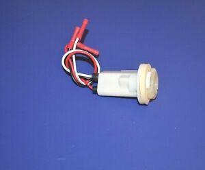 Tail Light Park Turn Signal Socket 1974-1986 Ford  F100 F150 F250 F350 Pickup