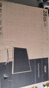 "*Cracked* Acer Nitro VG280K bmiipx 28"" IPS 3840 x 2160 1ms (VRB) AMD FreeSync"