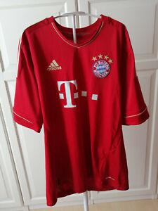 """Bayern München Trikot Gr. M """"Gomez/Nr. 33"""" Heimtrikot 2012/2013 mit Unterschrift"""
