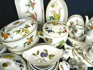 Vintage Royal Worcester Evesham Gold Porcelain Coffee Tea Dinner Tureen Flan etc
