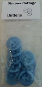 SIMONS COTTAGE BUTTONS - Pack of ten baby BLUE flower buttons (14mm diameter)