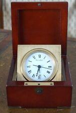 Horloge ou Pendule de Bureau dans un Boitier en Bois & Cuivre