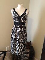 Ann Taylor Loft Black White Floral Print Faux Silk Career V Neck Dress 8 Medium