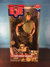 2000 GI JOE -- VIETNAM COMBAT ENGINEER ACTION FIGURE NEW / SEALED IN BOX