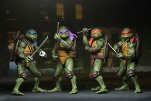 NECA Teenage Mutant Ninja Turtles (1990) set of 4 Turtles Authentic