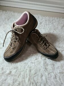 LL Bean 277619 Women's Brown Suede Lace Up Walk Hike Casual Shoe size 10M