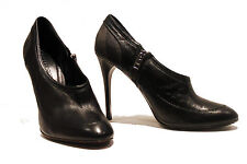 Burberry Ankle Boots 6.5 Black Leather Low Cut EU 39.5 Nova Check Heels