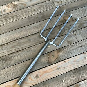 Kent & Stowe Stainless Steel Garden Life Digging Fork - Wood YD Handle - 915mm