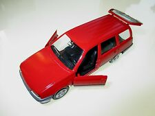 Opel Kadett E Caravan Kombi break in rot rouge rosso red, GAMA in 1:43!