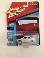 "Johnny Lightning Rare White Lighting 2004 Mitsubishi Lancer Evolution ""Chase"""