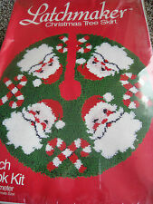 Latchmaker Christmas Holiday TREE SKIRT Latch Hook KitSANTAS CANDY CANES89102