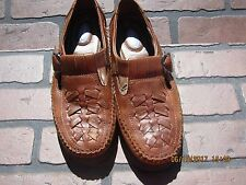 Women's Dr Scholl's brown leather shoes size 7 Retails $32