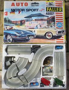 Faller 4007 - Komplettpackung Solitude mit Mercedes 230 Cabrio und Jaguar (SE66)