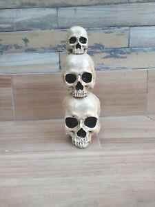 Latex  and fiberglass backer  skulls concrete casting garden mold  ready2ship