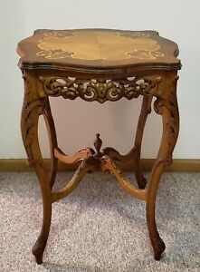 Antique Elegant French Louis XVI Style Carved End Table, Marquetry Inlaid Top