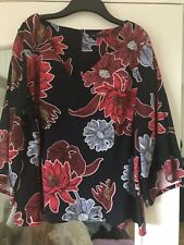 ladies top size 20 NWOT Marks And Spencer