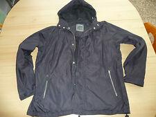Schwarze Regen-, Wind- Jacke mit Kaputze von TCM Gr.  L