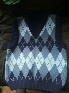 knitted sleeveless jumper for a boy age 2-3 years old