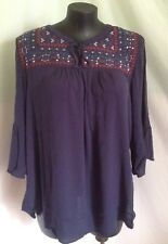 """AUTOGRAPH NAVY BLUE """"EMBROIDERED"""" BELL SLEEVE PEASANT TOP SZ 20-NEW STOCK! !!"""