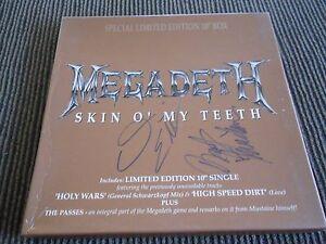 Megadeth Skin O' My Teeth Passes UK box set 10CL669 1992 Dual Signed David Marty