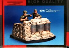 Hobby Fan 1/35 HF-520 US Airborne of Position (Vietnam War) - 2 Figures w/Base