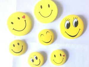 1 or 5 x kids Yellow Smiley Face Button novelty Badge Pin fun Party Bags gift