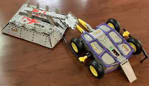 Rare 2001 Tiger Battlebots Pro Series RC Remote Control BioHazard And Diesector