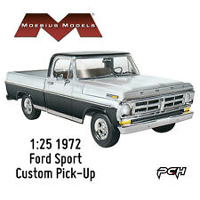 Moebius Models 1:25 1972 Ford Sport Custom Pick-Up Plastic Model Kit MOE1220