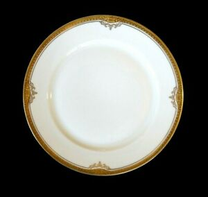 Beautiful H & C Selb Hienrich Gold Rimmed Christina Salad Plate