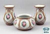99840252 3-tlg. Vasen-Garnitur Thomas-Porzellan Blumendekor und Bast